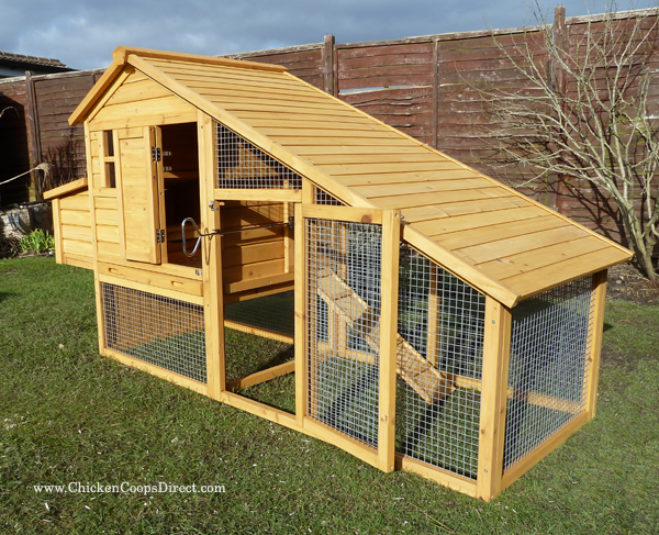 Wooden Chicken House With Run
