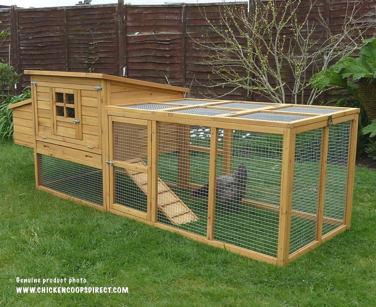 Dorset chicken coop with run
