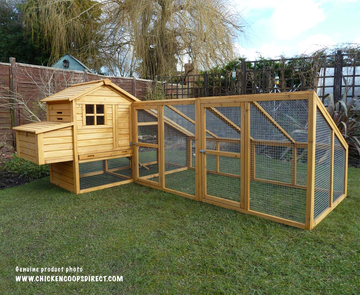 Sussex chicken coop with double run